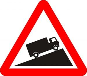 Phương tiện di chuyển chậm có khả năng nghiêng về phía trước